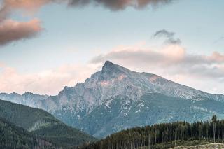 Krivan-mountain-peak-in-high-tatras-slovakia_free_stock_photos_picjumbo_DSC08810-1080x720